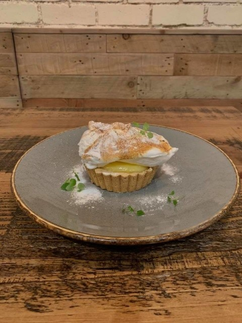 FESTIVE MENU DESSERT - Lemon & Elderflower Meringue Pie!