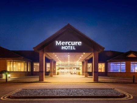 The Mercure Daventry Court Hotel Wedding Show