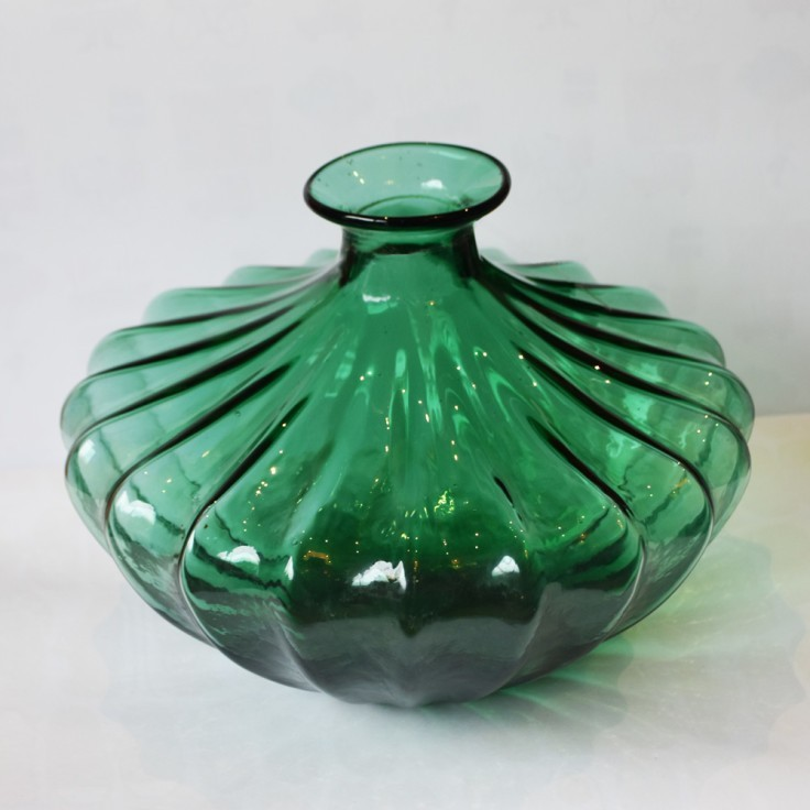 We offer a wide range of stunning homeware - Including this enchanting Vintage Glass Vase!