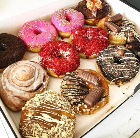Did you really go to Doughnotts if you didn't get a box of 12?!