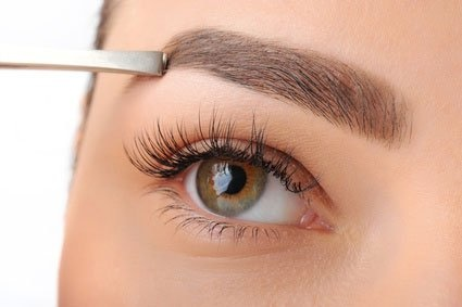 25% OFF all lash treatments with HD Brows!