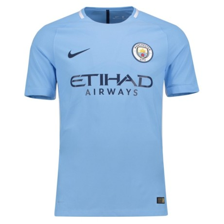 Save £15 on this 2017-2018 Man City Home Nike Football Shirt