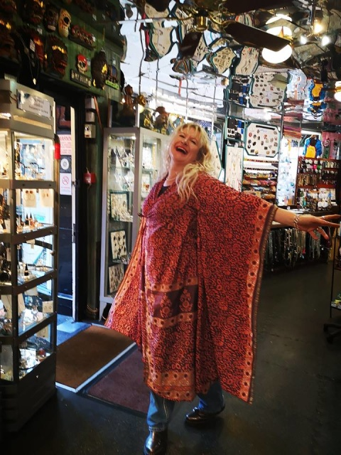 Stevie Nicks just rocked up - New in today silk kimonos: £26!
