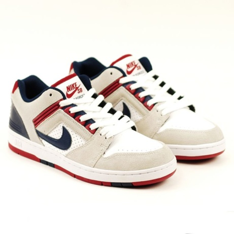 Nike SB Airforce2 Low White-Blue-Red: £85.00!