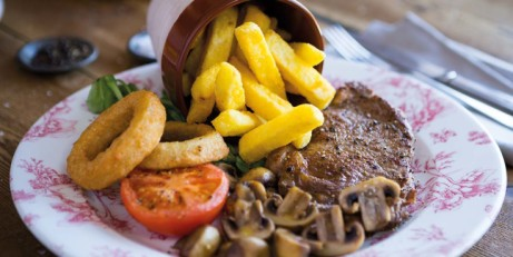 On Thursdays, we eat STEAK! 9oz Rump Steak with extras for ONLY £8!