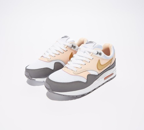 SAVE 30% OFF Nike Junior Air Max 1 Trainer | White / Metallic Gold!