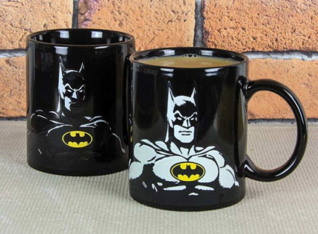 SAVE 1/3 on this DC Comics Batman Heat Change Mug!