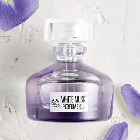 White Musk Perfume Oil: £16.00!