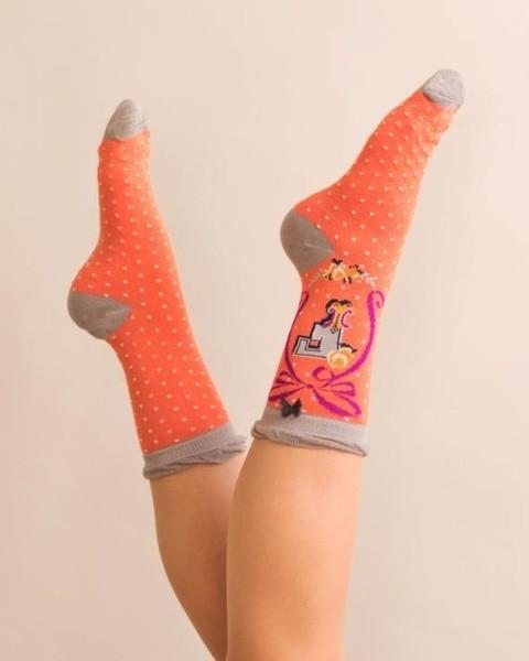10% off socks!