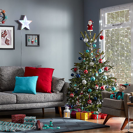 Shop the 'Jolly Festive' Christmas range on B&Q'S website TODAY!