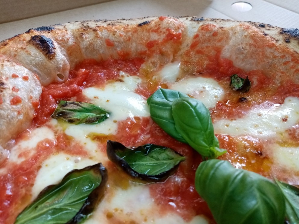 Win 2 £50 voucher for FREE pizza delivry