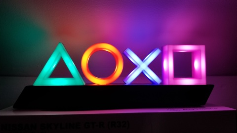 NEW - PLAYSTATION ICONS LIGHT £24.99!
