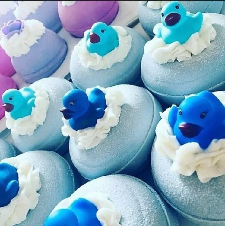 Blueberry Ducks Bath Fizzer