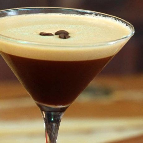 The weekend is almost here... one reason to celebrate the heatwave with our Espresso Martinis!
