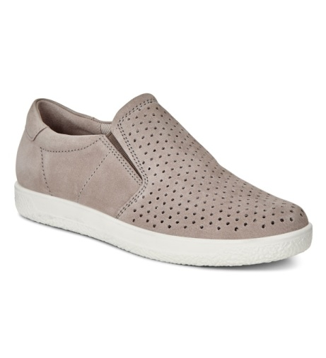 325.50 - Women's Ecco Soft 1!