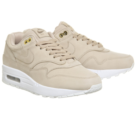 EXCLUSIVE - 35% OFF Nike Air Max 1 Trainers Bio in Beige White!