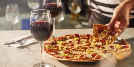 Signature Pizza for just £6.00!