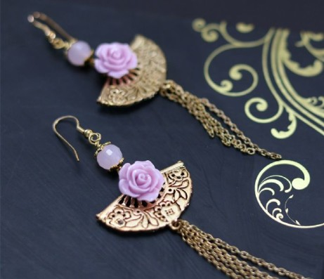 Gold and pink fan and rose dangle earrings: £18.00
