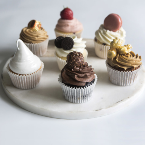 Try our cupcakes for your next corporate events