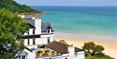 50% OFF - Cornwall, St Ives getaway for 2 with Meals & Wine!