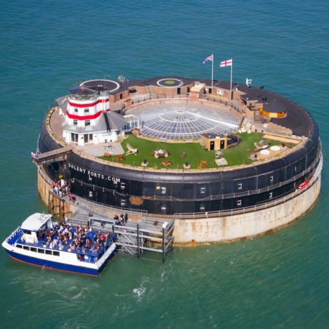 History Tour and Lunch for 2 at No Man's Fort in the Solent - ONLY £120!