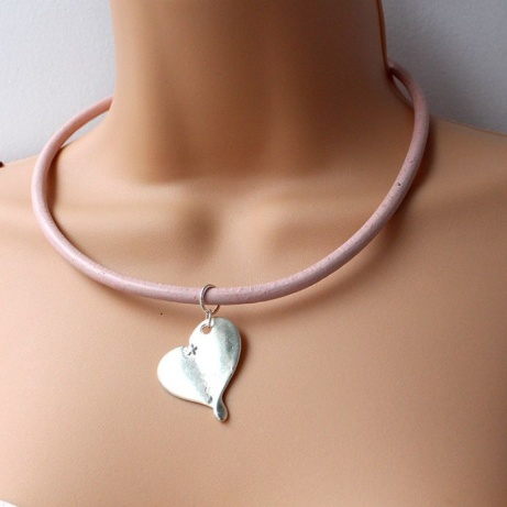 Pink Leather Choker with Silver Heart: £15.00
