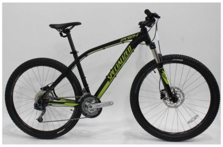 Save £100 on this Specialized Pitch Comp 650b 2017 Mountain Bike