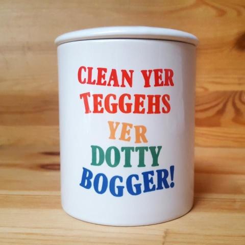 CLEAN YER TEGGEHS TOOTHBRUSH HOLDER £8.00