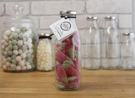 Try our Sour Giant Strawberries bottle for just £5.95!