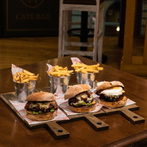 How can Monday's be so bad when you've got Burgers like these to look forward to?