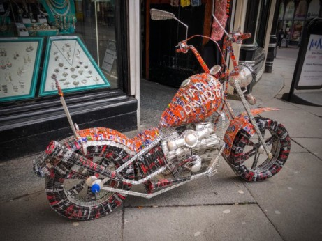 Brand New Model Motorcycle made in India from Recycled Drinks Cans £250.00!