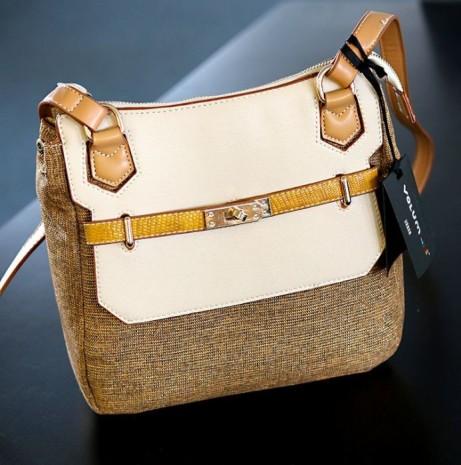 Gold/Cream Handbag £25.00!