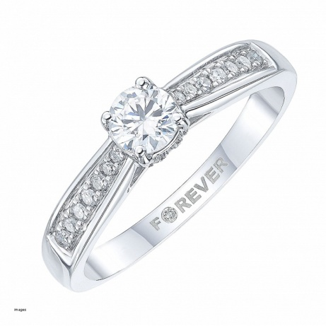 50% OFF this 18ct White Gold 2/5 Carat Forever Diamond Ring - SAVE £1200!
