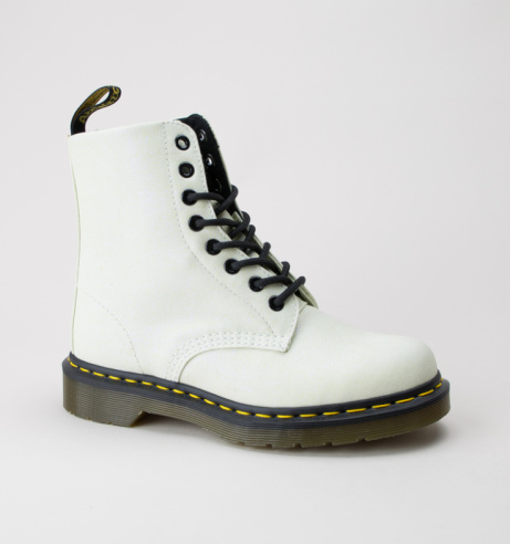 SAVE 20% on these Dr Martens Pascal Gltr Boots!