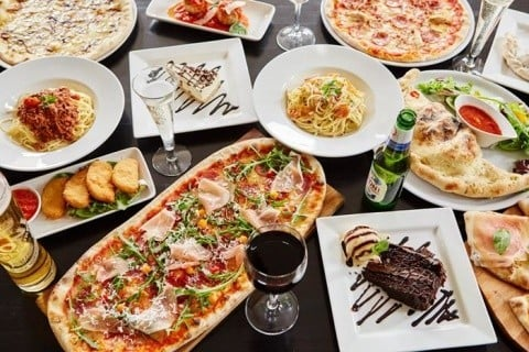 Join us at Prezzo  in Nottingham for a Pizza!
