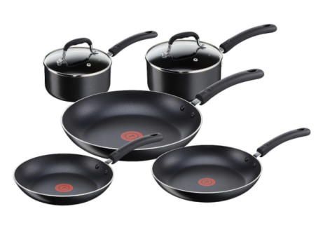 Save £60 on this Tefal 5 Piece Non Stick Riveted Pan Set!
