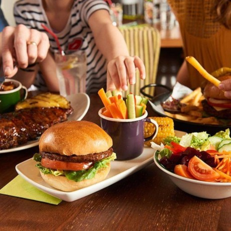 Share the Love at Harvester this Easter! 3-Courses from £15.99