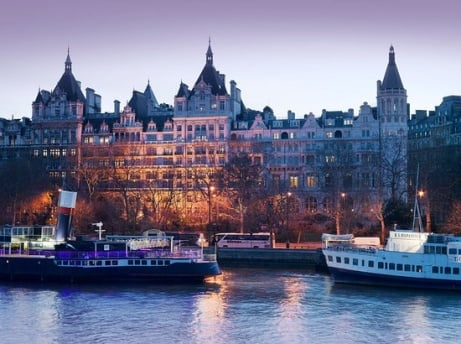 3-course Meal & Drinks for 2 at 5-star London hotel - ONLY £49!