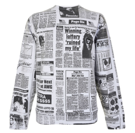 30% OFF this ALEXANDER WANG Newspaper Print Sweatshirt!
