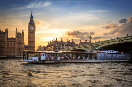 Bateaux London Thames Sunday Lunch Jazz Cruise for Two - ONLY £119!