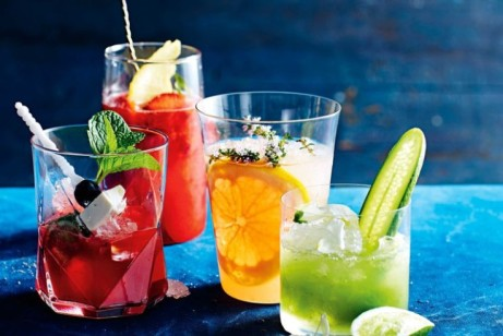HAPPY HOUR - 5 until 8 pm: Enjoy two of the same cocktail for just £7.00!