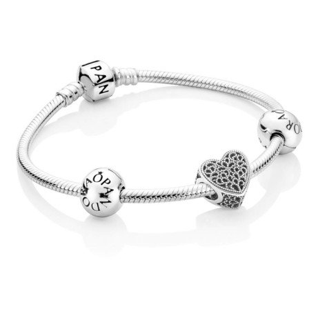 Romance Heart Charm Bracelet now ONLY £99.00 from £140.00!