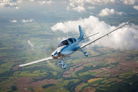 SAVE 17% on this 30 Minute Introductory Flying Lesson - UK Wide!