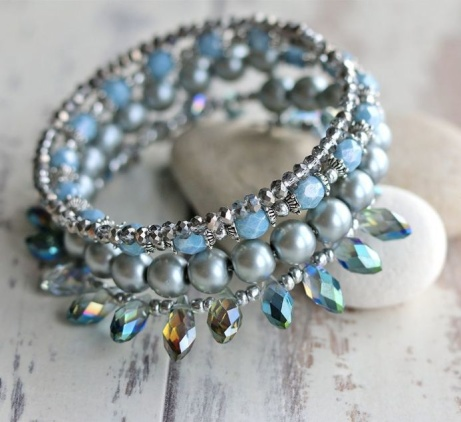 Blue and silver wrap style bracelet - £22.00!