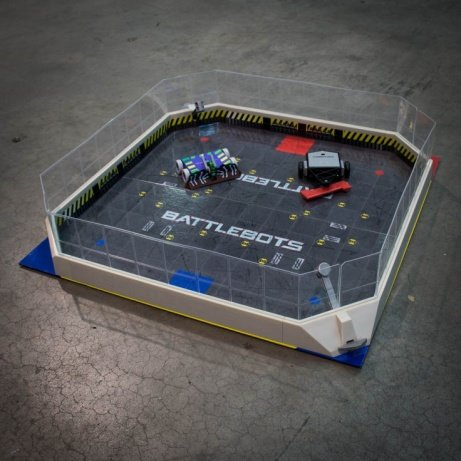 Hexbugs Battlebots Arena - LESS THAN 1/2 PRICE!