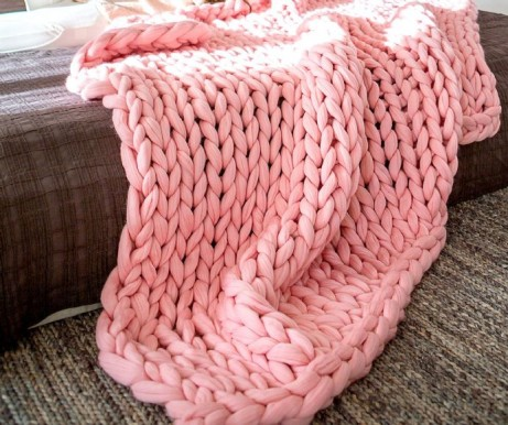 Get FREE delivery - Soft chunky knitted throw in pink £60.00!