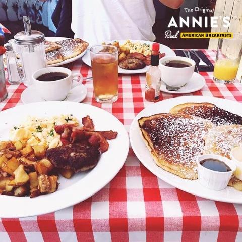 Breakfast like a KING at Annie's Burger Shack Nottingham!