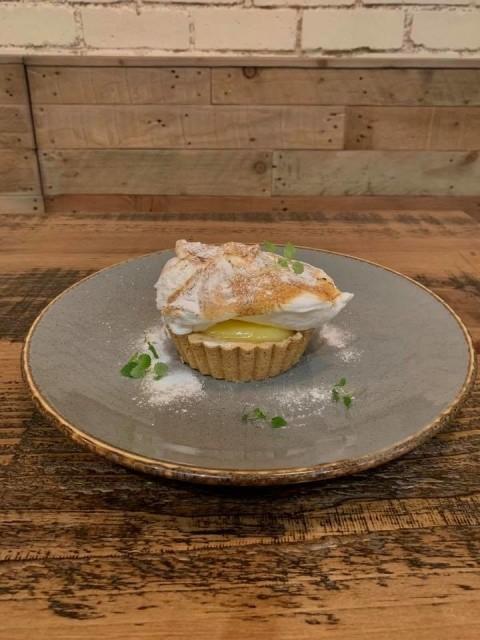 FESTIVE MENU DESSERT - Lemon & Elderflower Meringue Pie!