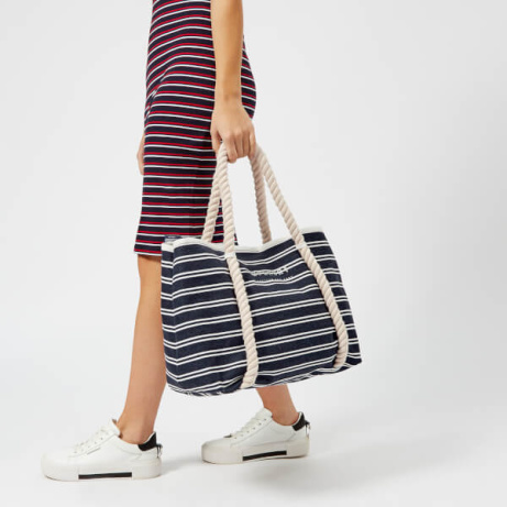 Save OVER 25% OFF Superdry Women's Bayshore Stripe Beach Tote Bag - Navy/White!