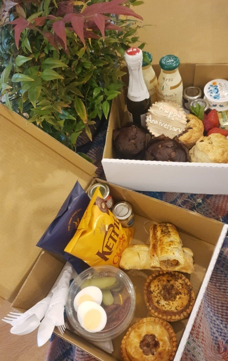 We are very pleased to be offering our brand new picnic hamper for two for your relaxing weekend!